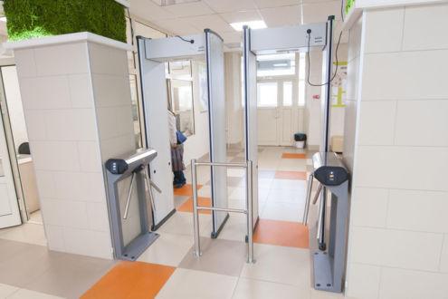 Современными системами безопасности оснастят 205 школ Кузбасса